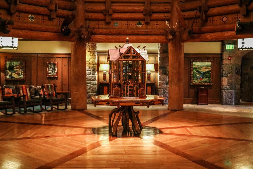 Disney DVC Boulder Ridge lobby birdhouse